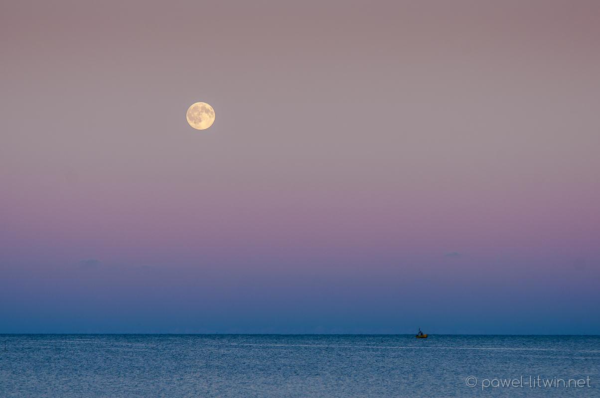 Swarzewo - wschód księżyca